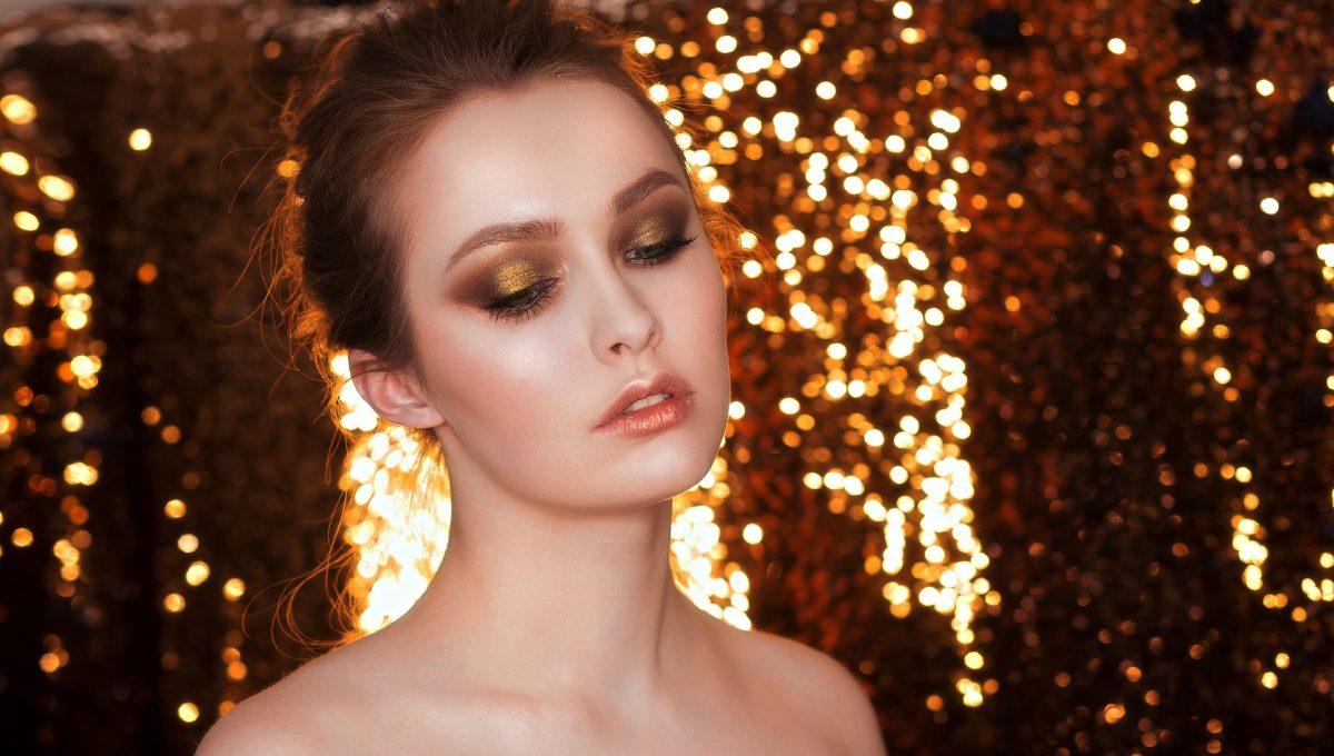LOZIONE CORPO con glitter e perle dorate